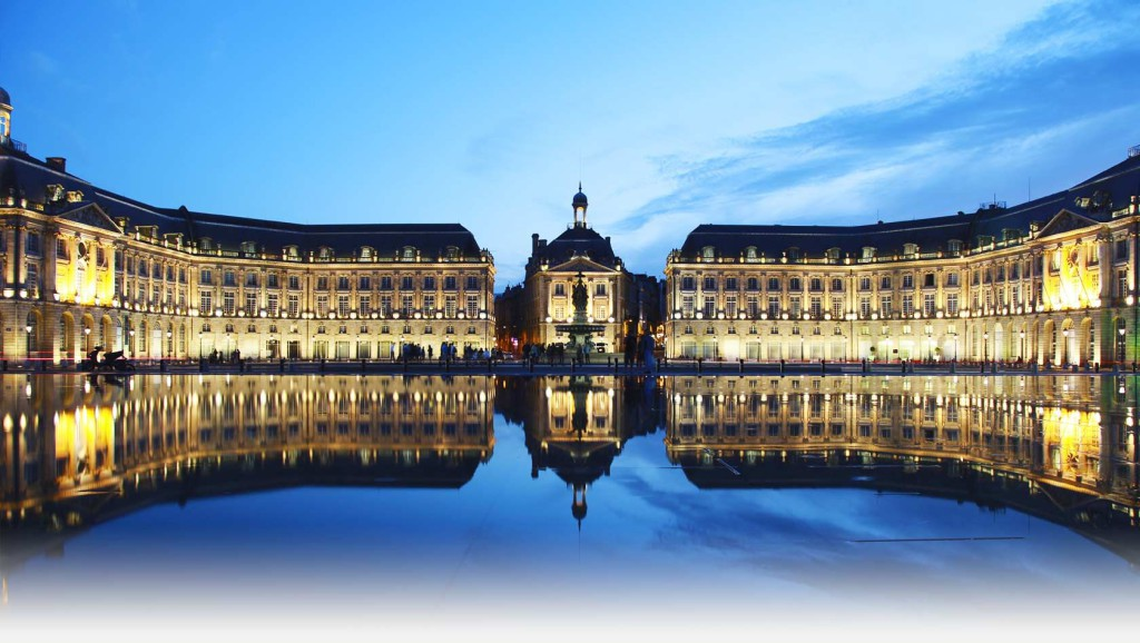 Réserver un taxi pour découvrir Bordeaux