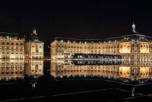 Taxi Bordeaux de nuit