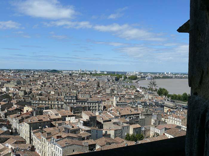transport taxi dans la ville de Bordeaux