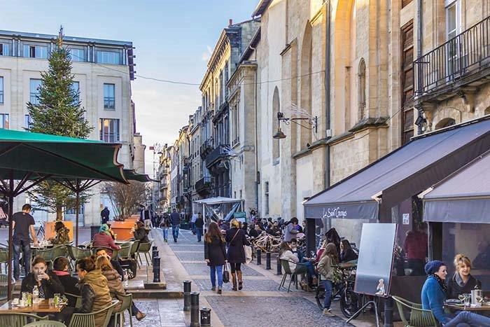 Les terrasses de Bordeaux en taxi