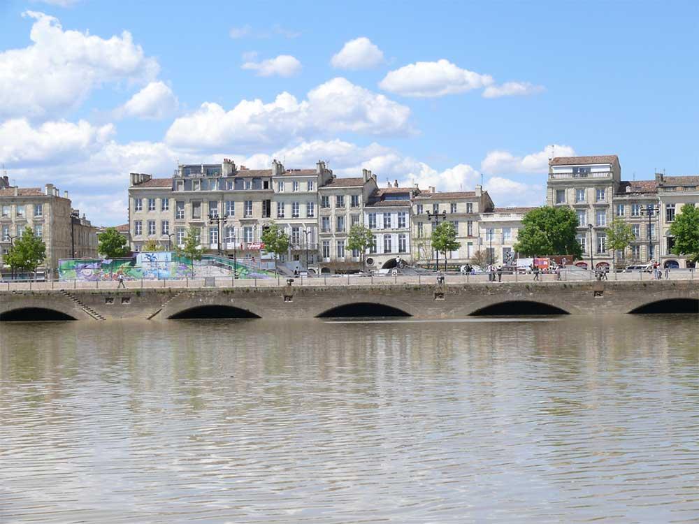 quai de Bordeaux