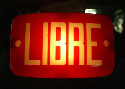 commander un taxi à Bordeaux
